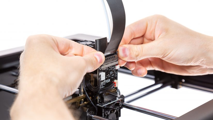 Extruder-Maintenance-D-03-Odepnij-przewód-ekstrudera-2.jpg